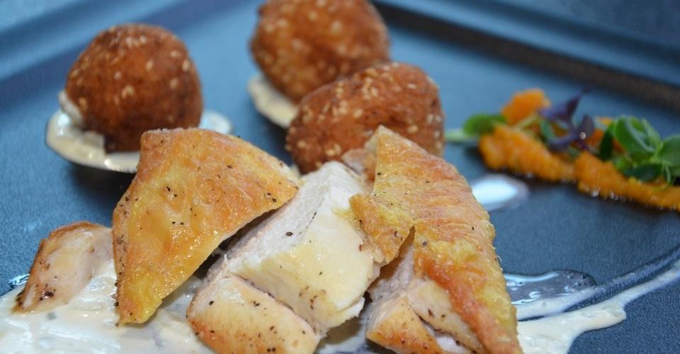 Grilované kuracie supreme s kožou a domácimi zemiakovými kroketami